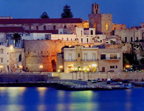 Ultrà del Lecce assaltano Otranto e la espugnano
