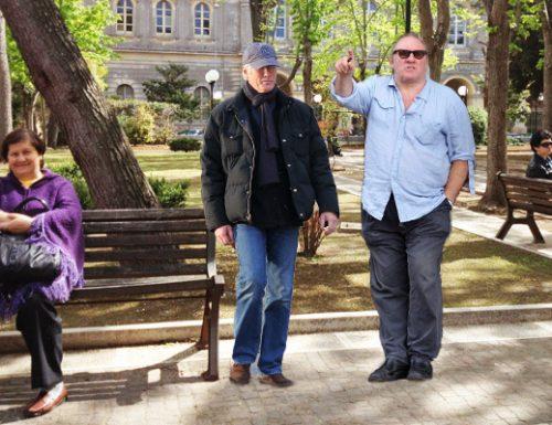 "Richard Gere incontra Depardieu: ""Vogliamo comprare la villa comunale"""