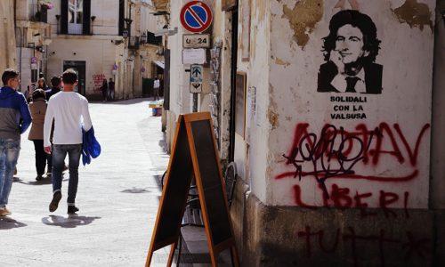 Bansky mania a Lecce, ne fa le spese il sindaco Paolo Perrone