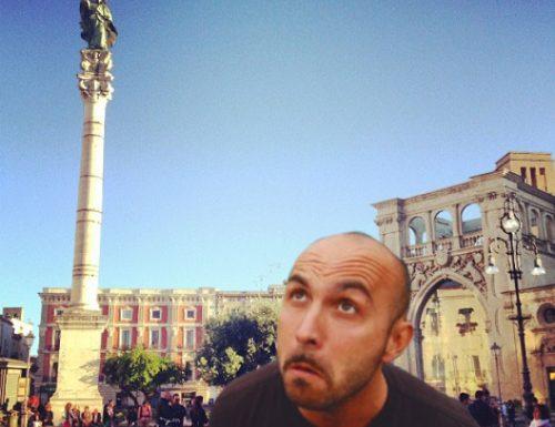 Da Will Smith a Maccio Capatonda, il selfie in Piazza Sant'Oronzo è virale