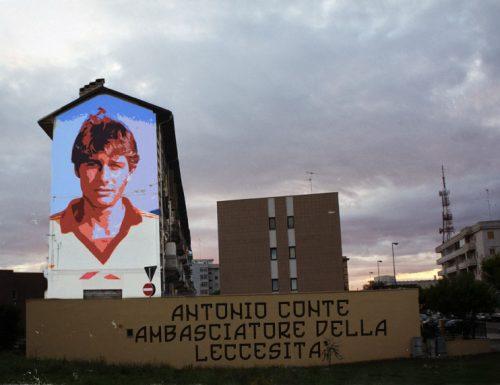 Lecce incorona Antonio Conte, un murales di 8 piani lo definisce ambasciatore Salentino