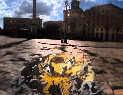 Piazza Sant'Oronzo come una tela gotica, ma l'opera d'arte divide i leccesi