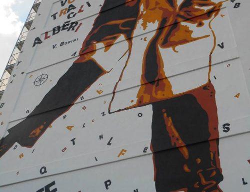 La comunità analfabeta di Borgo Pace contro il murales di Bodini a Lecce