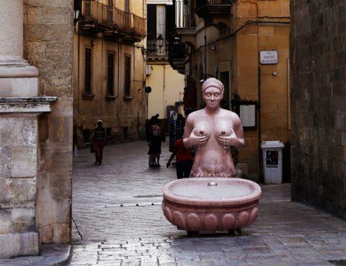 #Laculturachevince: torna a Lecce la fontana delle Tette