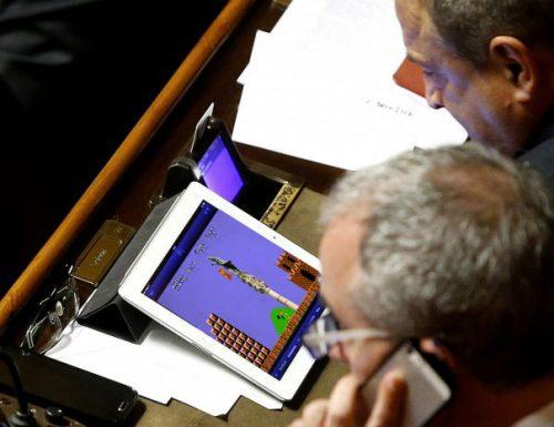 Super Mario vs Sant'Oronzo, lo spin-off salentino del videogame approda in Senato