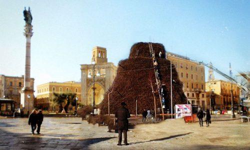 Fòcara, previsti troppi vip, sarà spostata in Piazza Sant'Oronzo a Lecce