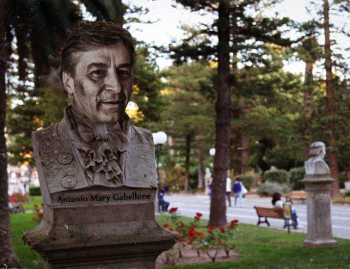 Inaugurato il busto di Antonio Mary Gabellone alla villa comunale di Lecce