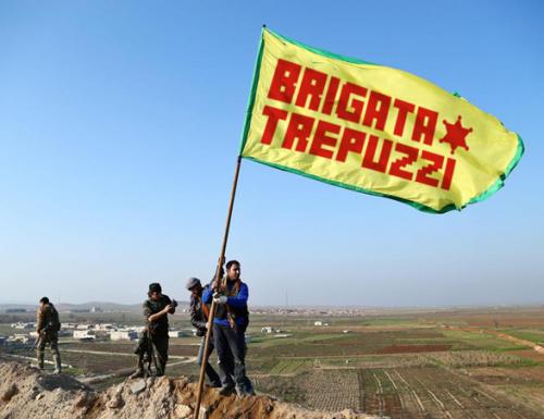 Siria, la resistenza curda e la Brigata Trepuzzi si riprendono Kobane