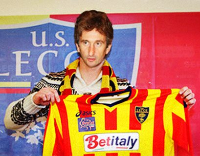 Il Lecce prova il tridente in attacco, con Moscardelli e Miccoli c'è Paolo Perrone