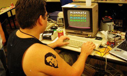 Dieci anni fa ad Harvard nasceva facebook, a Lecce il portale di Mammata
