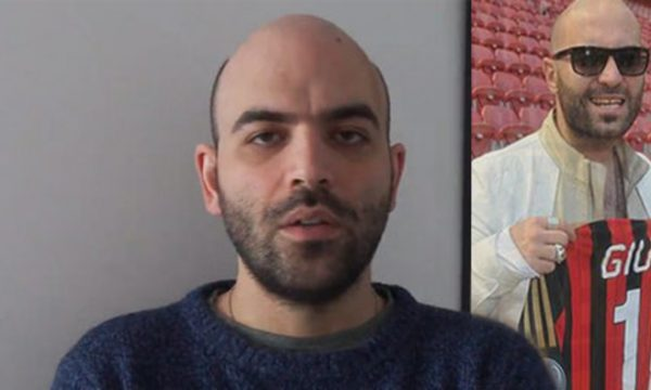 """Appello di Roberto Saviano su facebook: """"Non sono il cantante dei Negramaro"""""""