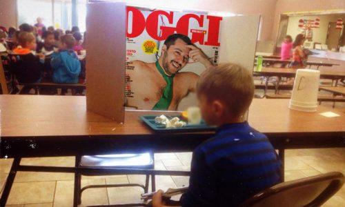 Nardò, ritarda di un minuto a scuola e la maestra lo costringe a guardare Matteo Salvini