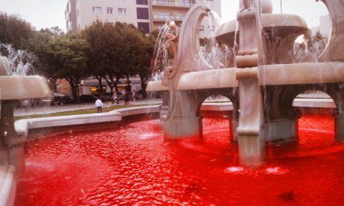 Mistero in Piazza Mazzini, l'acqua te la funtana è mmara mara