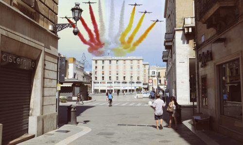 Spending sparagnu: La comune di Lecce rinuncia alle frecce giallurusse per Sant'Oronzo