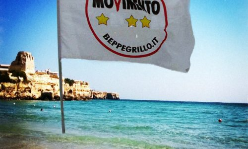San Lorenzo amaro per Beppe Grillo, a Torre dell'Orso cadono due stelle