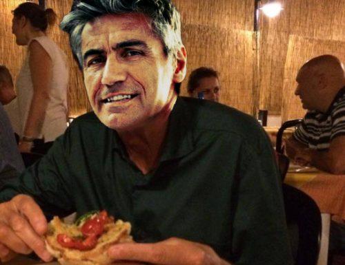 Ligabue mangia una frisa a Calimera senza Giuliano Sangiorgi