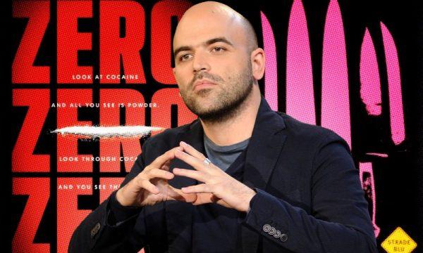 """Saviano accusato di plagio: """"Il suo look e simile a quello di Giuliano Sangiorgi"""""""
