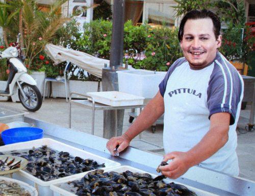 Chi è Gianni Pittula, il pescatore di Gallipoli che si è finto Johnny Deep a Venezia