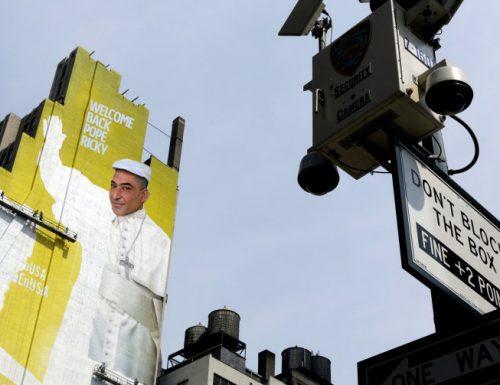 New York, terminato il murales gigante per dare il benvenuto a Papa Ricky