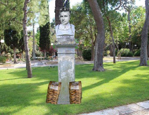 Ligabue ottiene la cittadinanza salentina, il suo busto tra Ozpetek e Re Tancredi