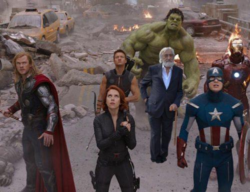 Gli Avengers tornano in Piazza Sant'Oronzo per aiutare Franco Millelire