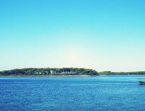 Paura attentati: gli esperti inseriscono l'Isola dei Conigli tra le mete turistiche più sicure