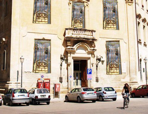 Lecce sfida i tabù, chiu grate falliche per tutti