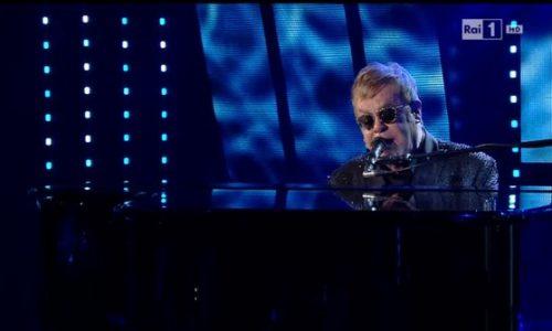 Elton John al Festival di Sanremo non canta Mamma mia che mandulinu. E' polemica.