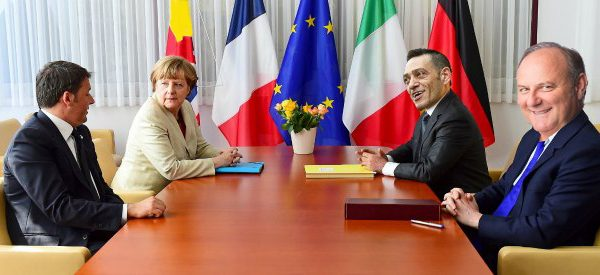 Ue: convocato vertice d'urgenza. Abolito l'inglese, si discuterà in Salentino stretto