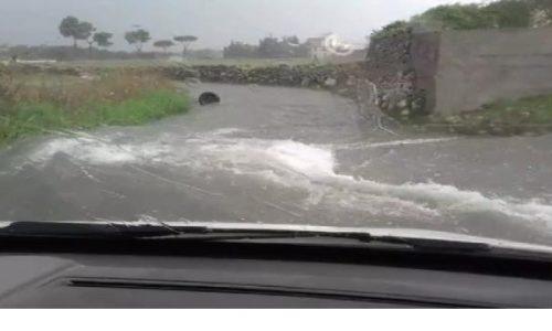 """Meteo Salento: Ancora pioggia nei prossimi giorni. L'esperto: """"Lu troppu stroppia"""""""