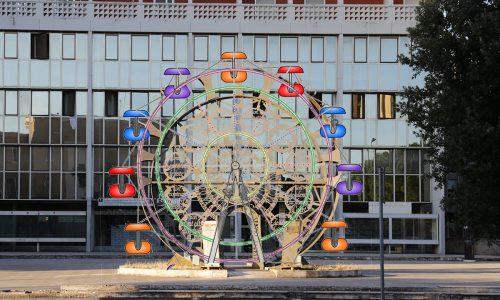 Natale 2018: quasi terminata l'installazione della Ruota Panoramica di Lecce Lecce